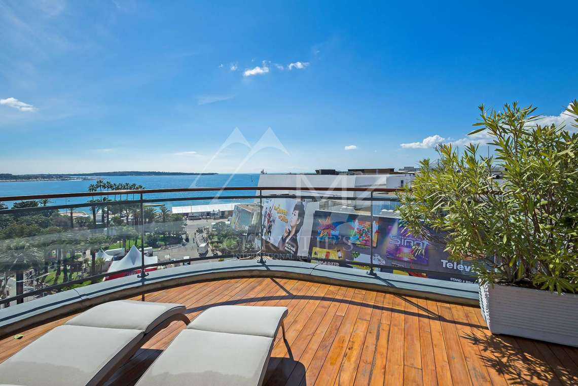 Cannes - Croisette - Exceptional penthouse - photo10