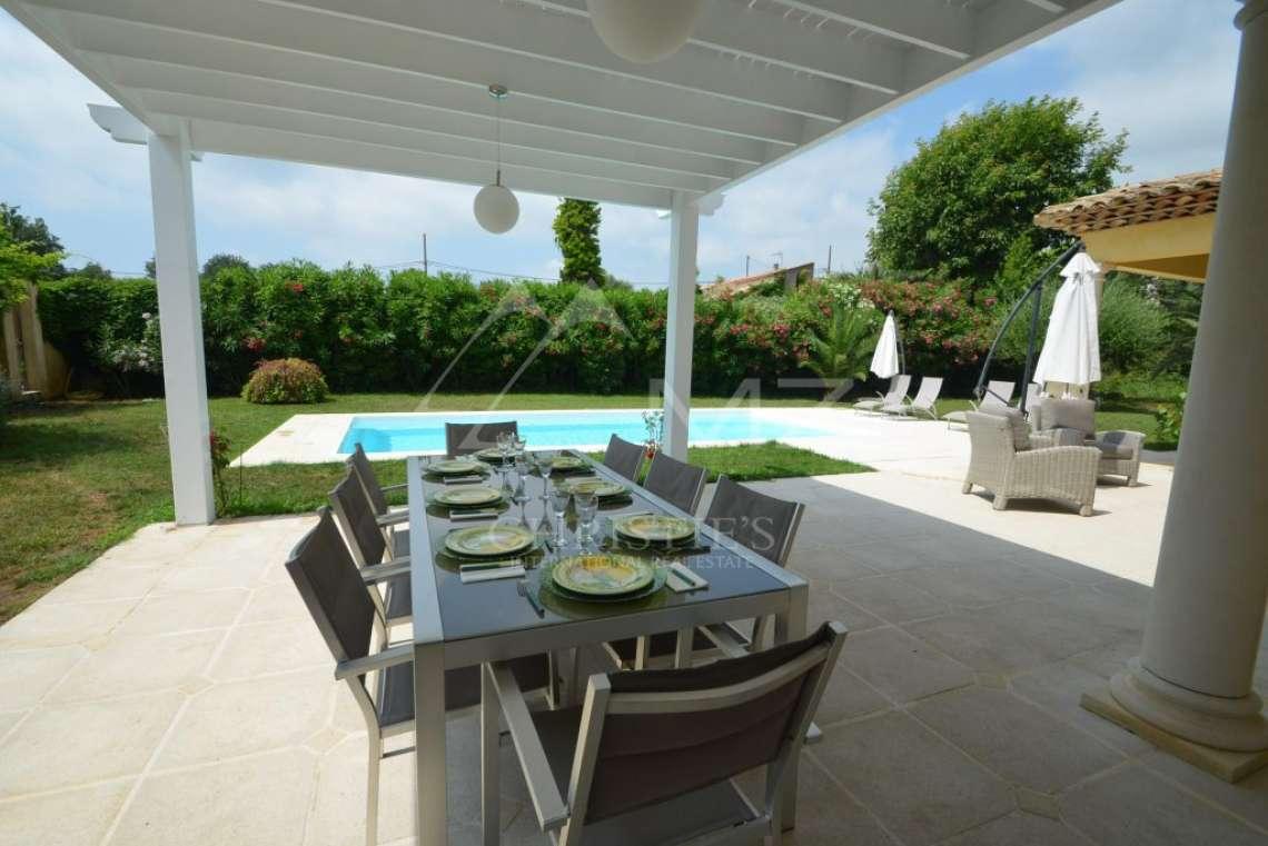 Vence - Recent villa on flat grounds - photo14