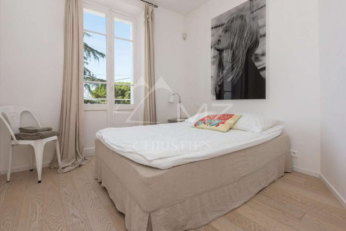 Cap d'Antibes - Remarquable villa avec vue mer - photo14