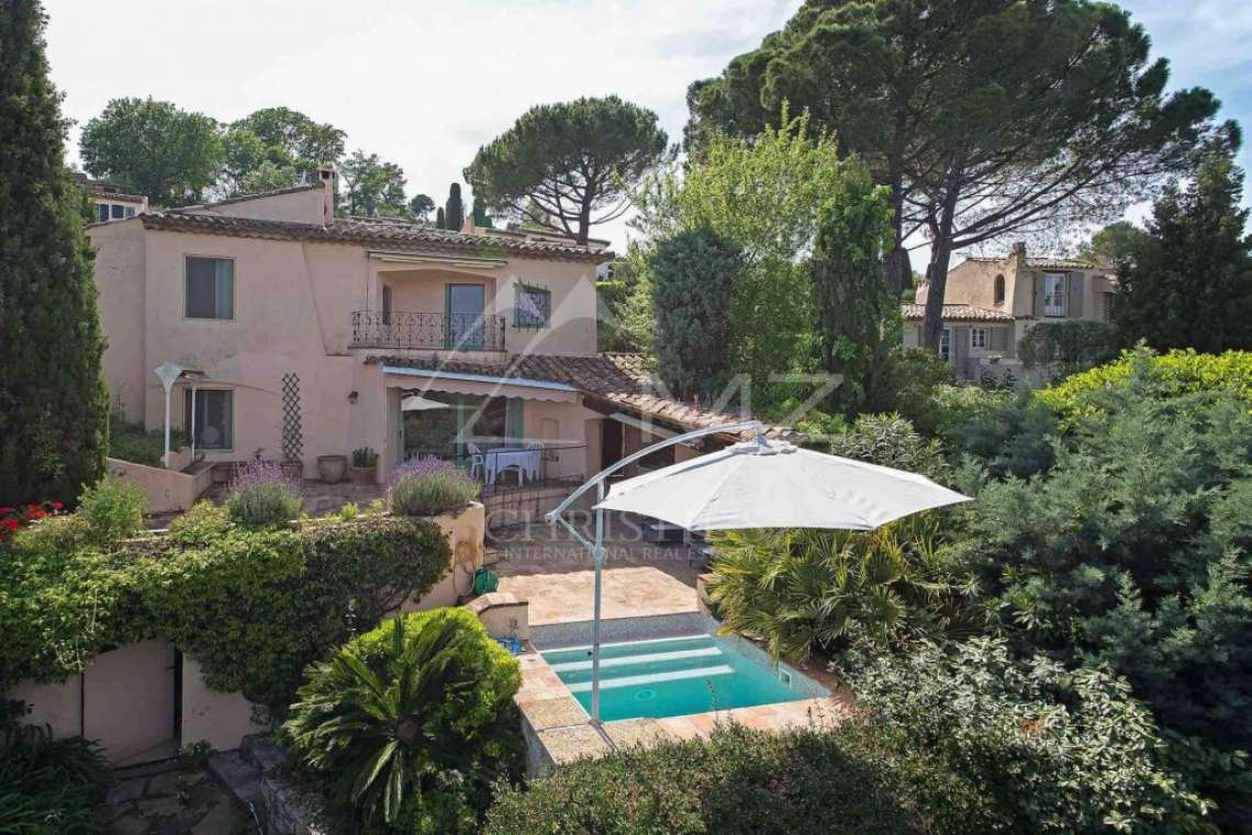 Close to Mougins - Castellaras - In exceptional environment - photo1