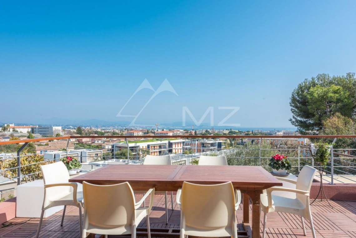 Antibes - Contemporary villa with sea and mountain views - photo3