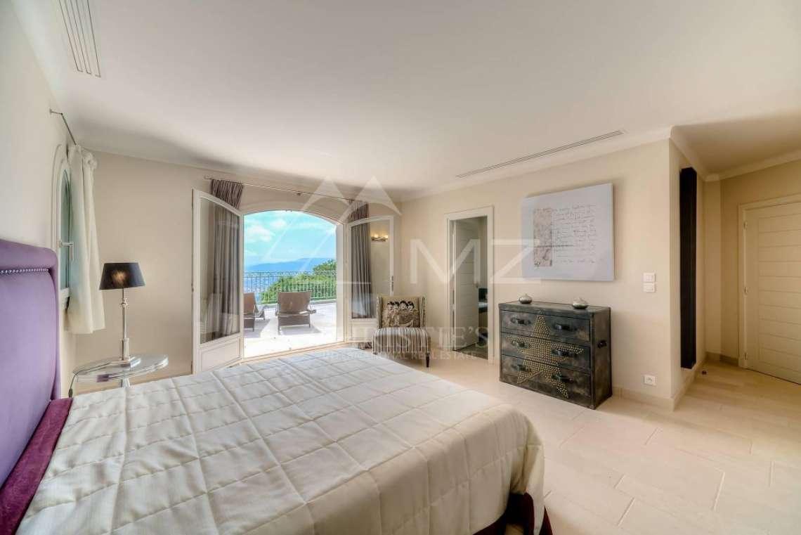 Proche Cannes - Sur les hauteurs - Quartier résidentiel et calme - photo12