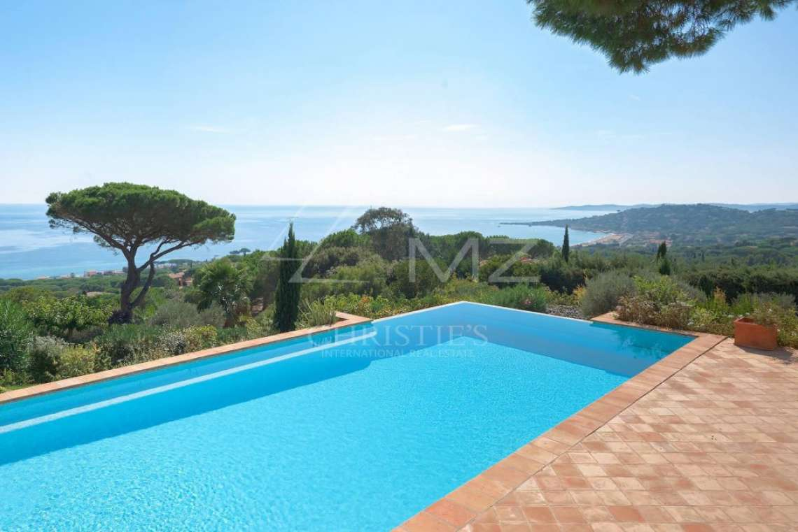 Close to Saint-Tropez - Superb sea view over Saint-Tropez - photo1