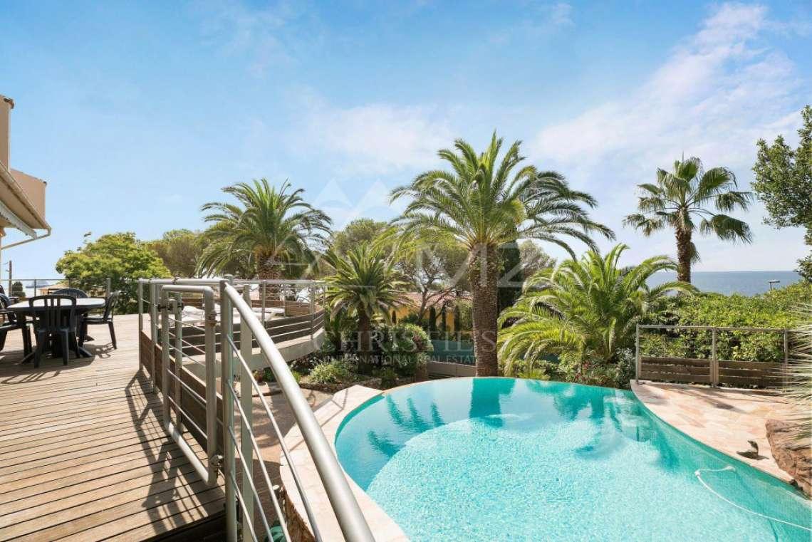 Close to Cannes - Gated domain Santa Lucia - photo1