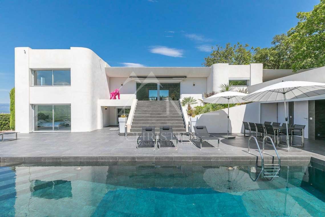 A vendre proche cannes villa moderne sainte maxime et - Maison moderne de luxe a vendre ...