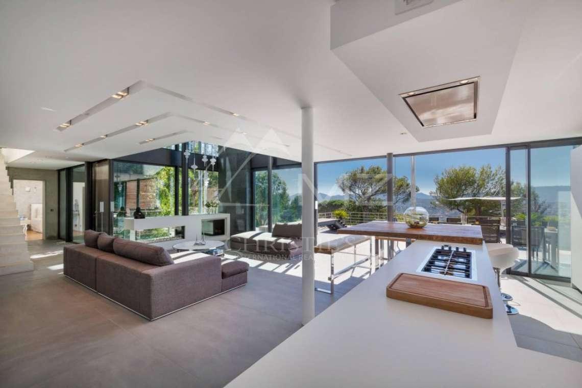 Proche Cannes - Sur les hauteurs - Propriété contemporaine - photo9