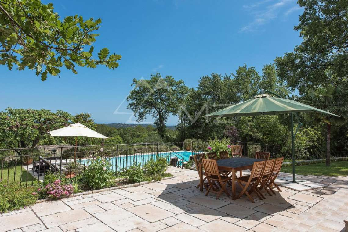 Cannes backcountry - Superbe property in calm environment with pool - photo5