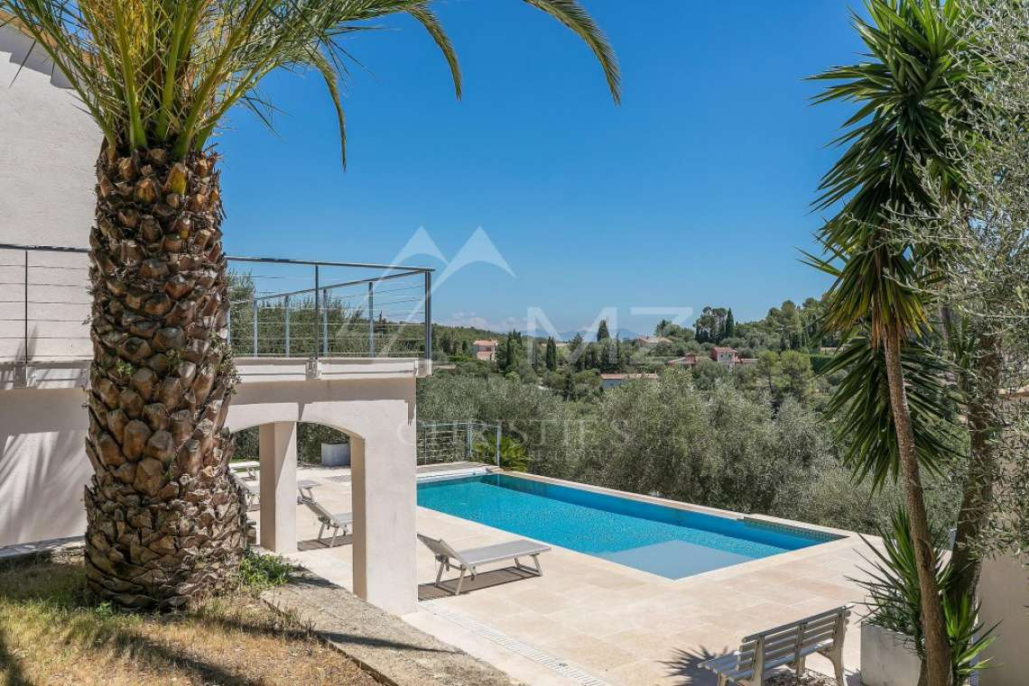 Cannes backcountry - Charm and modernity - photo3