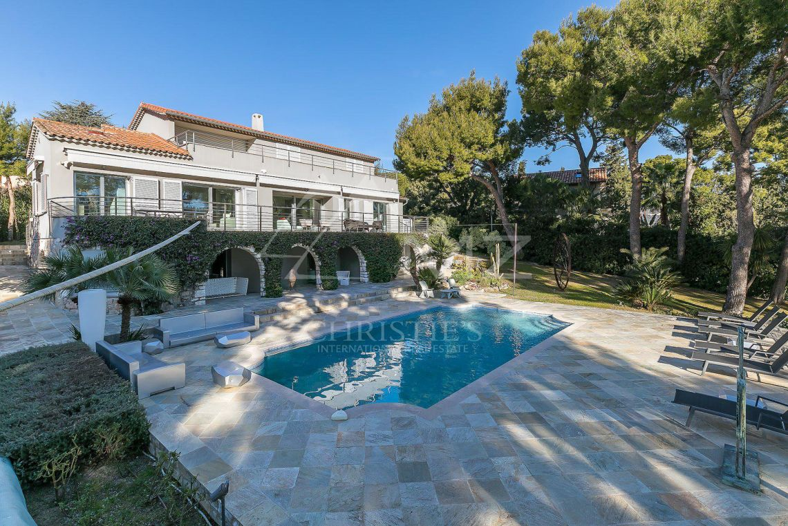 Saint-Jean Cap Ferrat - Luxury elegante villa