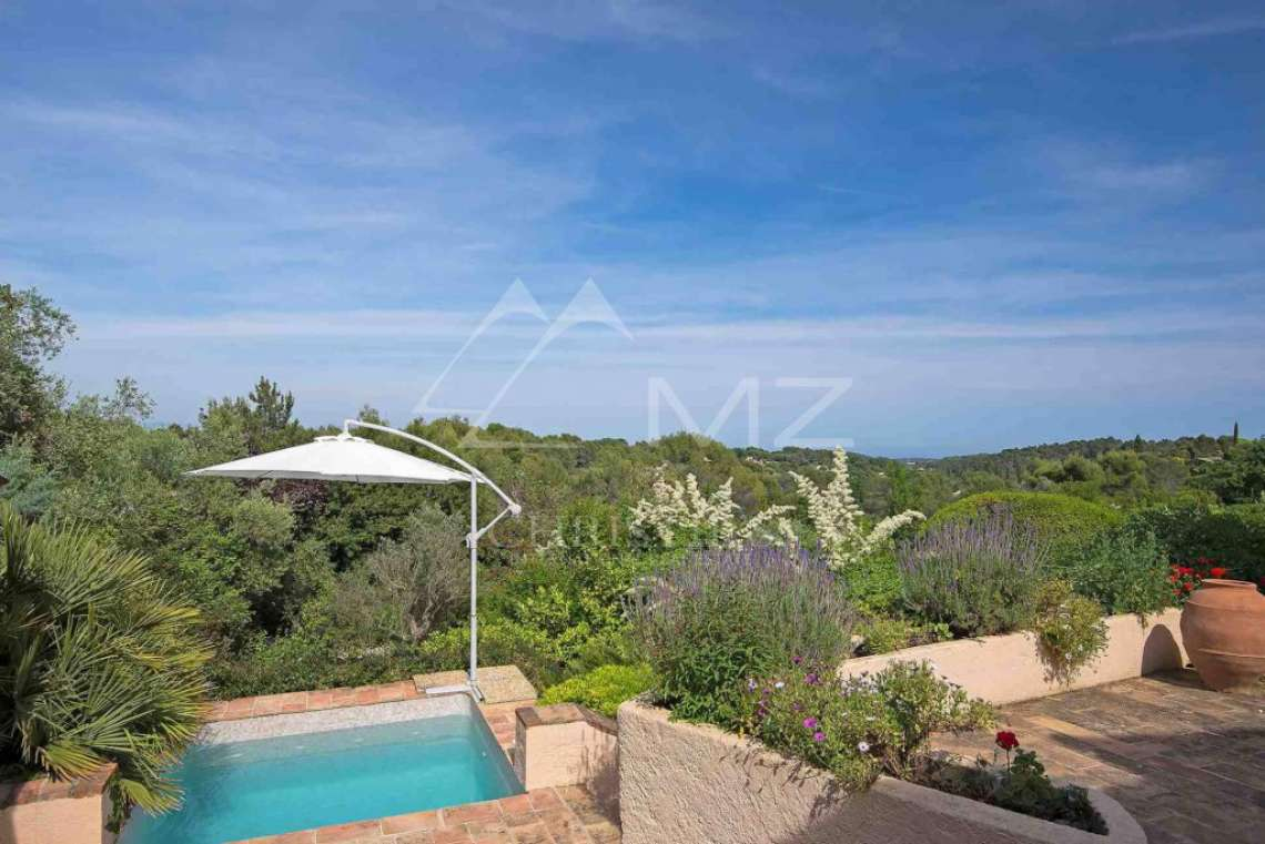 Close to Mougins - Castellaras - In exceptional environment - photo2