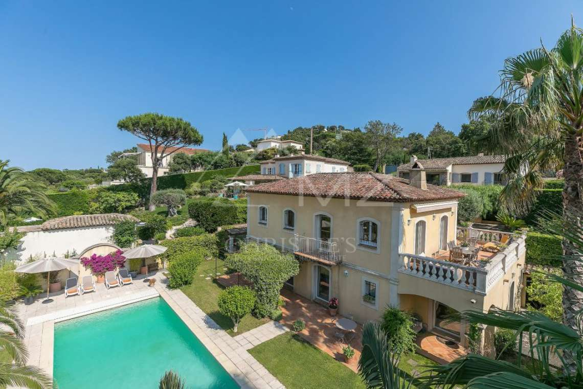 Close to Saint-Tropez -  Property with two houses - photo1