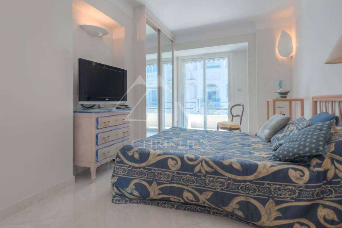 Cannes - Croisette - Magnifique appartement - photo8