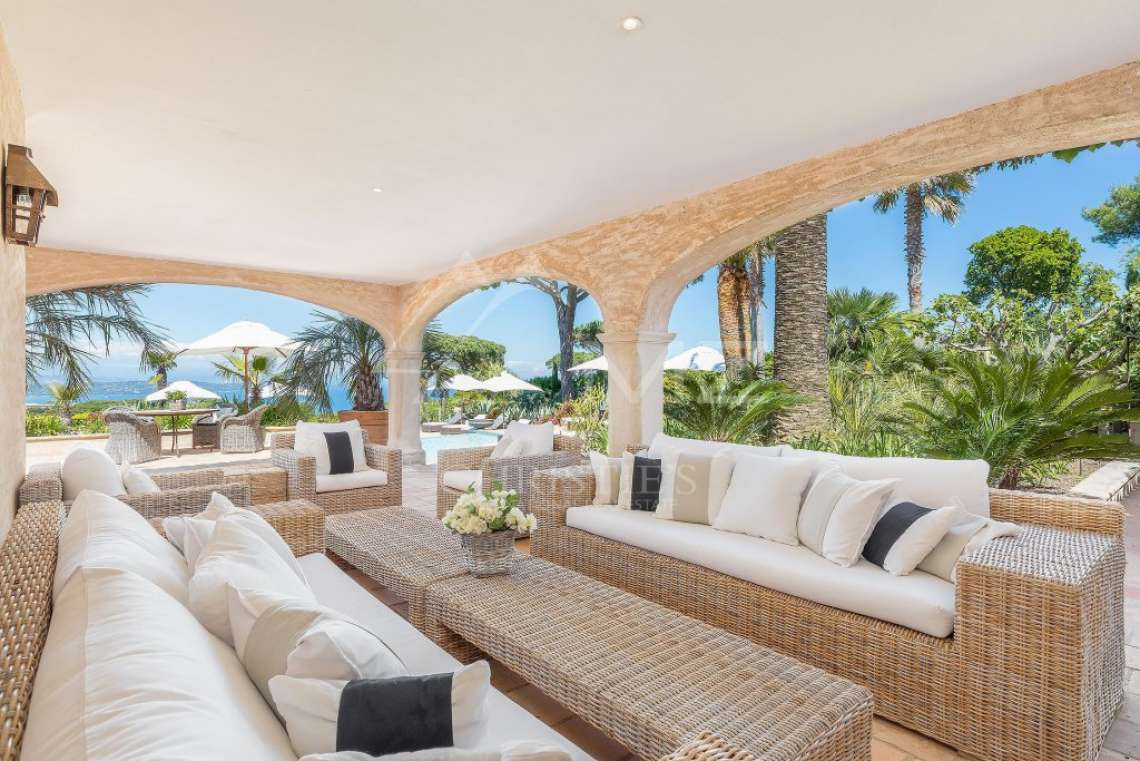 Close To Saint-Tropez - Magnificent Property with fantastic view onto Pampelonne - photo19
