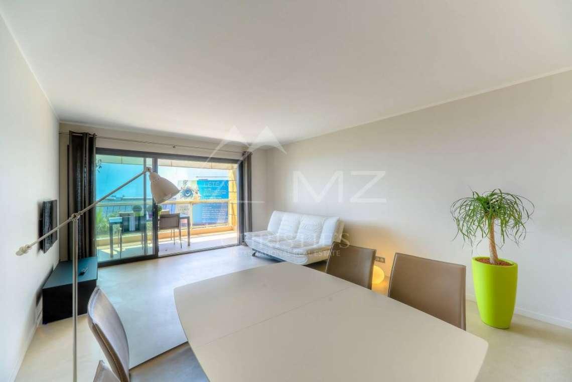 Cannes - Appartement face au Palais des Festivals - photo3