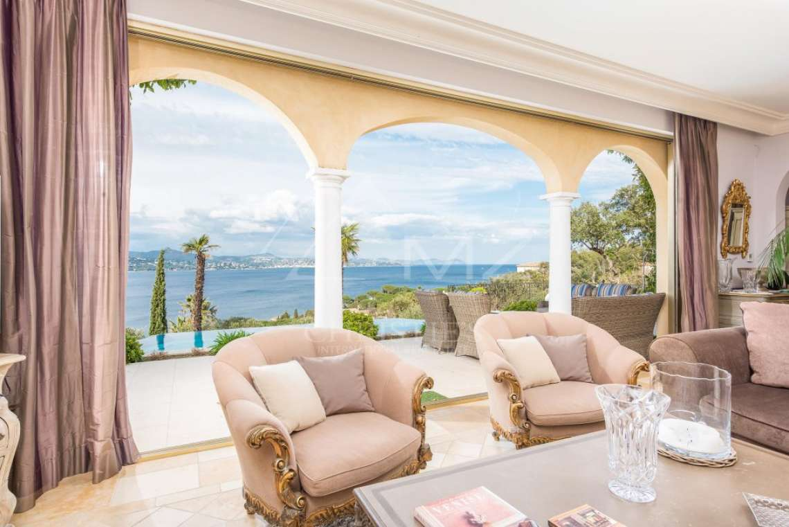 Close to Saint-Tropez - Splendid neo-provencal villa with sea view - photo5