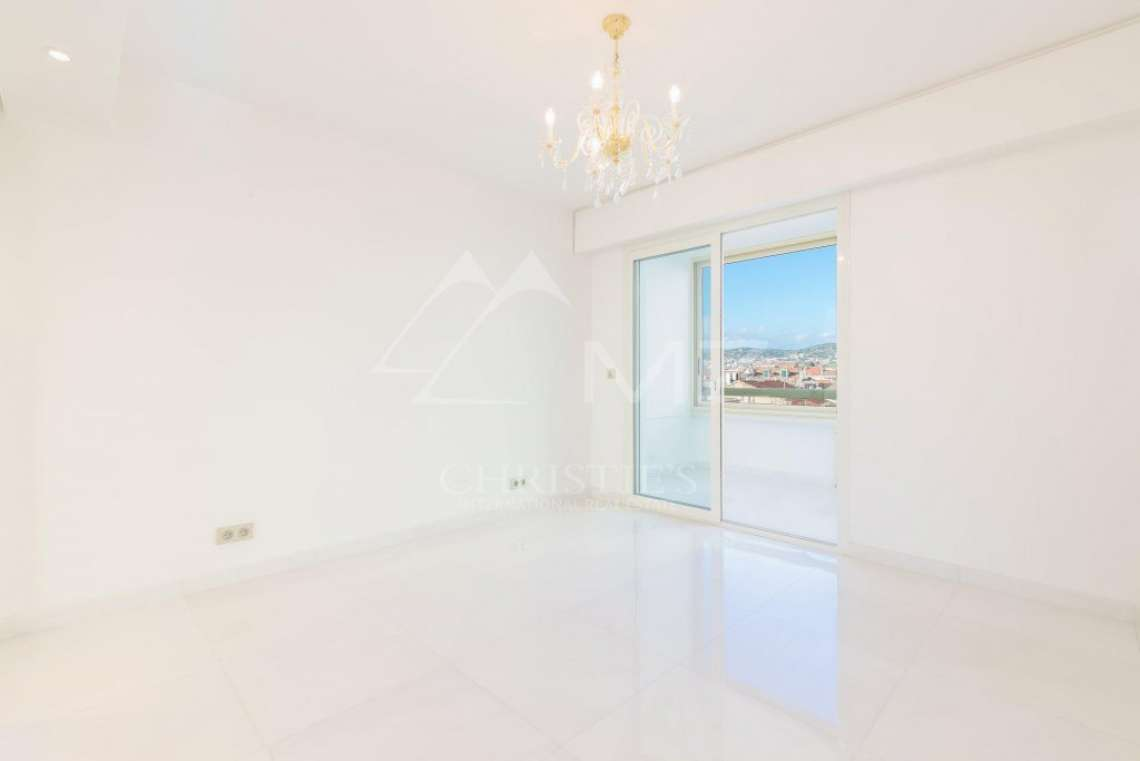 Cannes - Croisette - Apartement with panoramic sea view - photo6