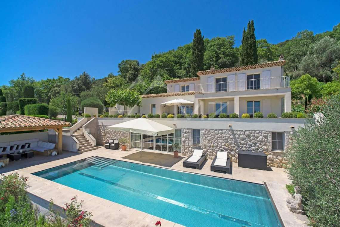 Cannes backcountry - Contemporary designer villa with panoramic sea view - photo1