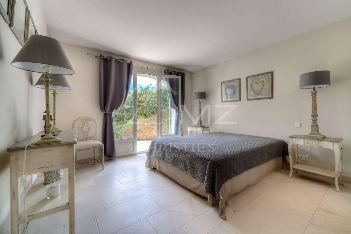 Proche Cannes - Sur les hauteurs - Quartier résidentiel et calme - photo14