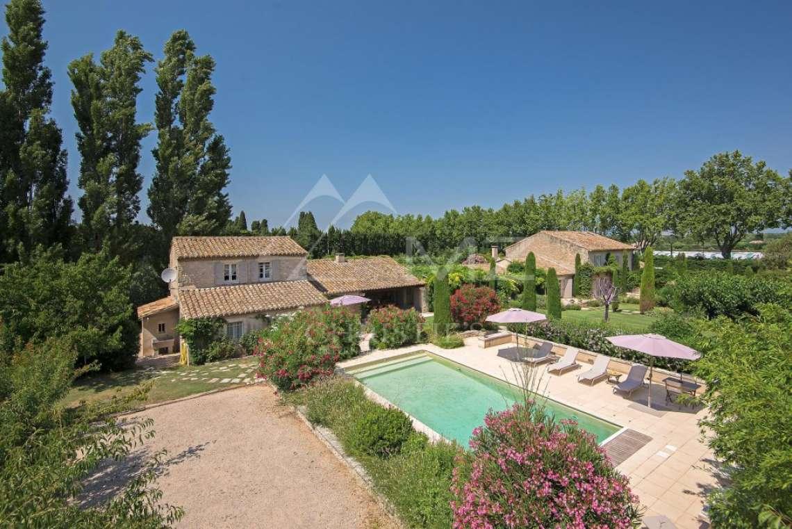 Eygalières - Elegant property - photo1