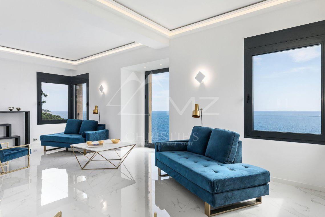 Nice - Cap de Nice - Duplex pieds dans l'eau - photo1