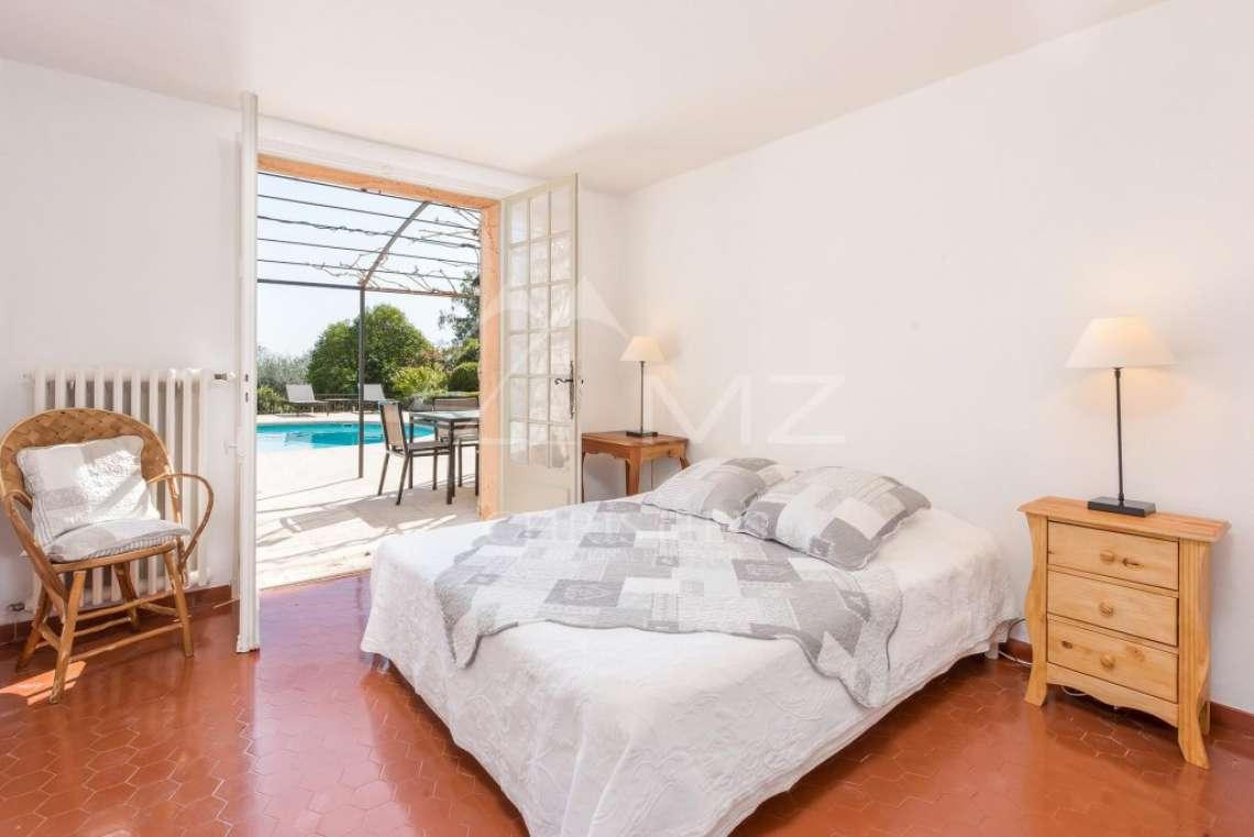 Cannes back country - Provençal style villa - photo11