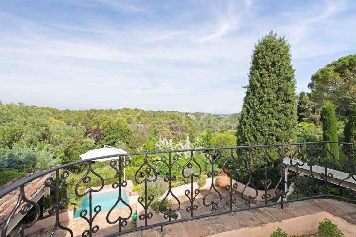 Close to Mougins - Castellaras - In exceptional environment - photo3
