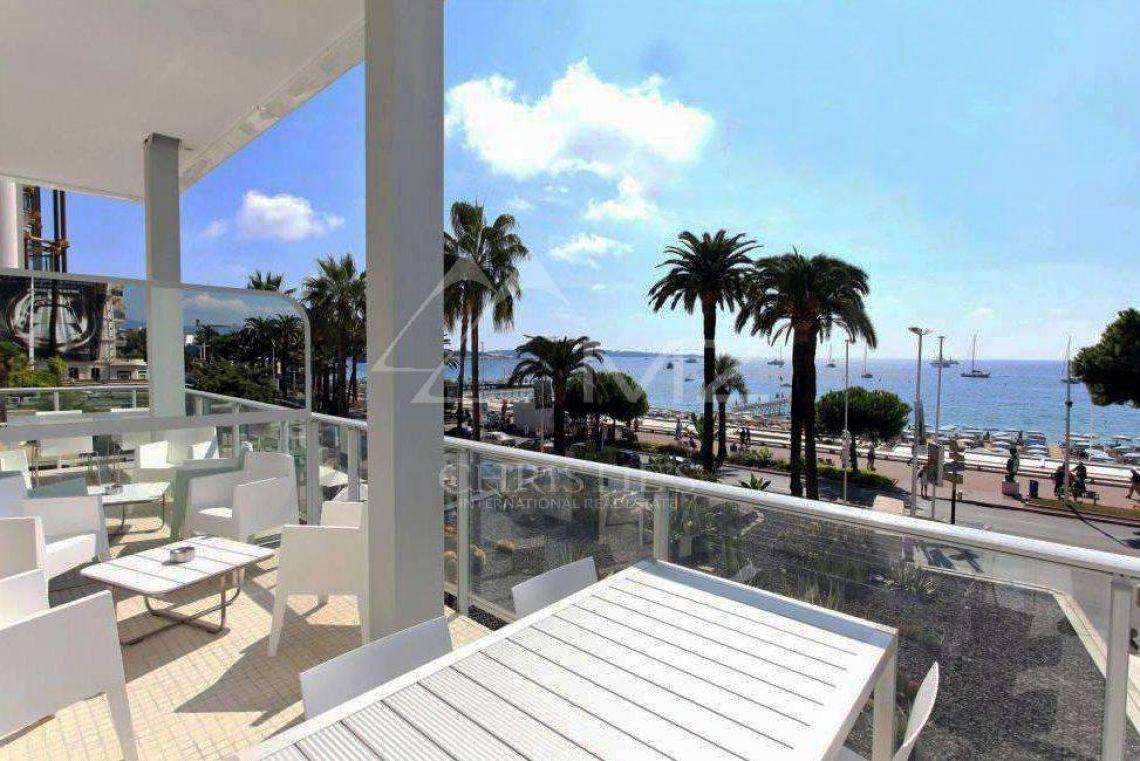 Cannes - Croisette - Somptueux appartement - photo11