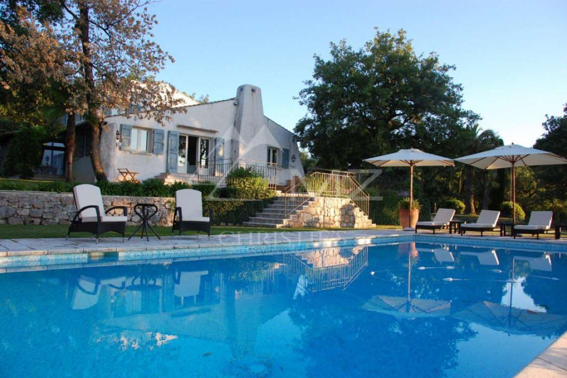 Cannes backcountry - Superbe property in calm environment with pool - photo30