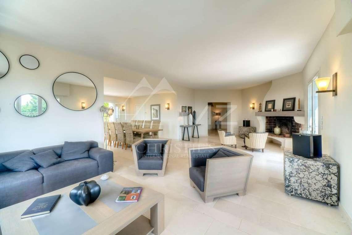 Proche Cannes - Sur les hauteurs - Quartier résidentiel et calme - photo5