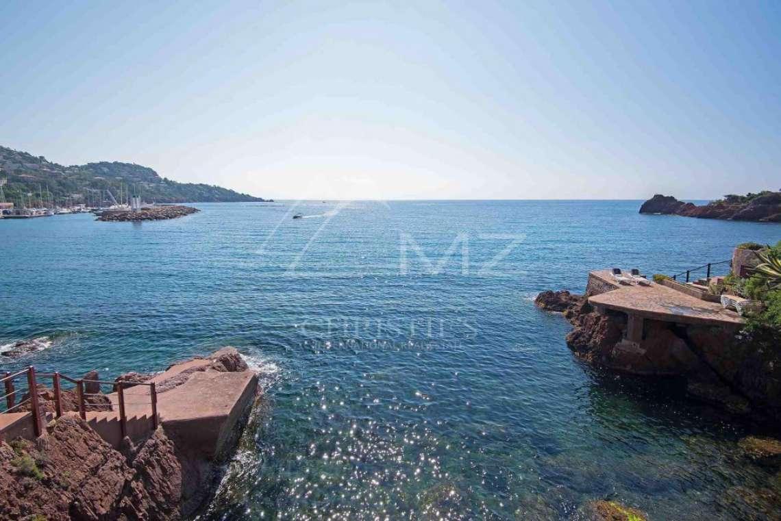 Théoule-sur-Mer - Propriété pieds dans l'eau - photo4