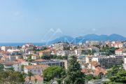 Cannes - Montrose - Dans un immeuble bourgeois - photo3