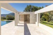 Close to Mougins - Newly built contemporary villa - photo3