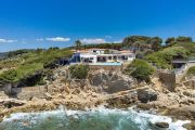 Exceptional property by the sea - photo2