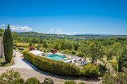 Proche Gordes - Belle maison de vacances avec piscine chauffée - photo5