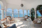Кап д'Антиб - Вилла у самой кромки воды - photo1