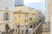 Канны - Центр - Квартира с высокими потолками - photo10