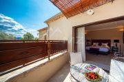 Proche Gordes - Luxueuse villa avec vue dégagée - photo15