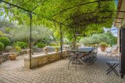 Ménerbes - Gorgeous property with heated pool - photo3
