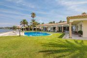 Gassin - Magnifique villa pied dans l'eau - photo1