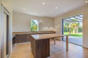 Saint-Tropez - Superb new contemporary villa close to the center - photo11