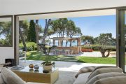 Cap d'Antibes - Magnificent contemporary property overlooking the bay of Garoupe - photo7
