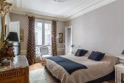 Paris 17ème - Bel appartement haussmanien 156M2 avec parking - photo8