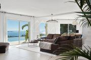 Proche Cannes - Golfe Juan - Villa contemporaine vue mer panoramique - photo5