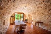 Luberon - Stone property with open view - photo9
