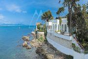Cap d'Antibes - Unique water front villa - photo1