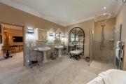 Proche Gordes - Luxueuse villa avec vue dégagée - photo14
