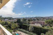 Proche Cannes - Sur les hauteurs - Appartement dans résidence de standing - photo2