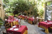Vaison-la-Romaine - Charming hotel - photo4