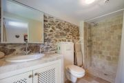 Grimaud - Beautiful renovated stone mas and guest annexe with waterfall - photo14