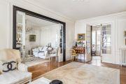Paris 17ème - Bel appartement haussmanien 156M2 avec parking - photo3